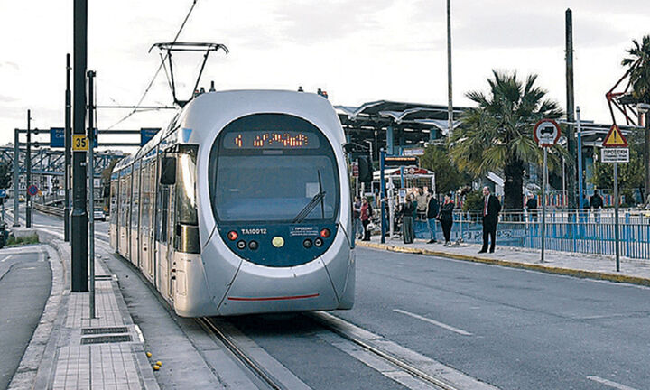 Επιστρέφει το τραμ την Παρασκευή στο Σύνταγμα