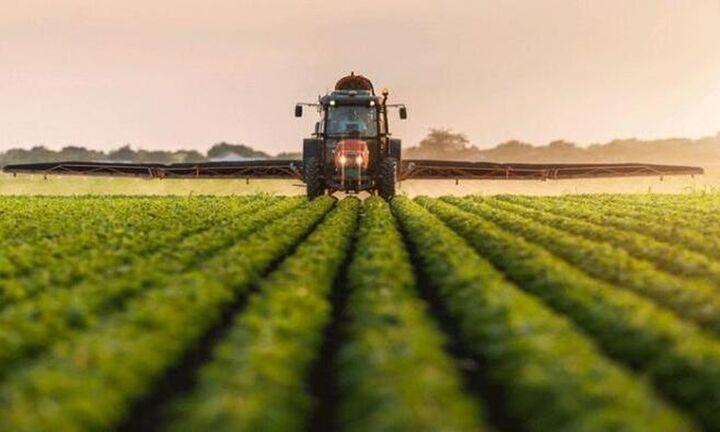 Δικαιούχοι της Επιστρεπτέας Προκαταβολής 4 οι αγρότες – Έως 30 Νοεμβρίου οι αιτήσεις