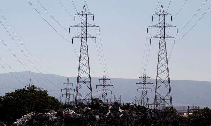 Αγορά ενέργειας: Σταδιακή αποκλιμάκωση στην αγορά χονδρικής - Σταθερά τιμολόγια από τη ΔΕΗ