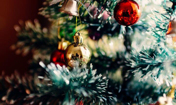 Κλειστά τα χαρτιά της κυβέρνησης για τις μετακινήσεις την παραμονή Χριστουγέννων και Πρωτοχρονιάς