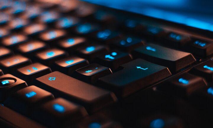 Voucher για την προμήθεια υπολογιστών από οικογένειες με χαμηλό εισόδημα