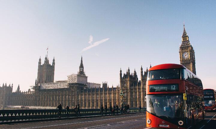 Ίχνη συμφωνίας Ε.Ε. – Βρετανίας