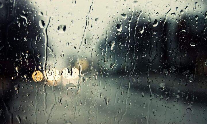 Ισχυρές κατά τόπους βροχές και καταιγίδες αναμένονται σήμερα και αύριο