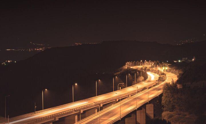 Νέος ΚΟΚ με ηλεκτρονικά πρόστιμα και όριο ταχύτητας τα 30 χλμ στις πόλεις