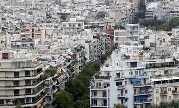 Πού ανέβηκαν και πού έπεσαν οι τιμές πώλησης και ενοικίασης ακινήτων σε Αθήνα και Θεσσαλονίκη