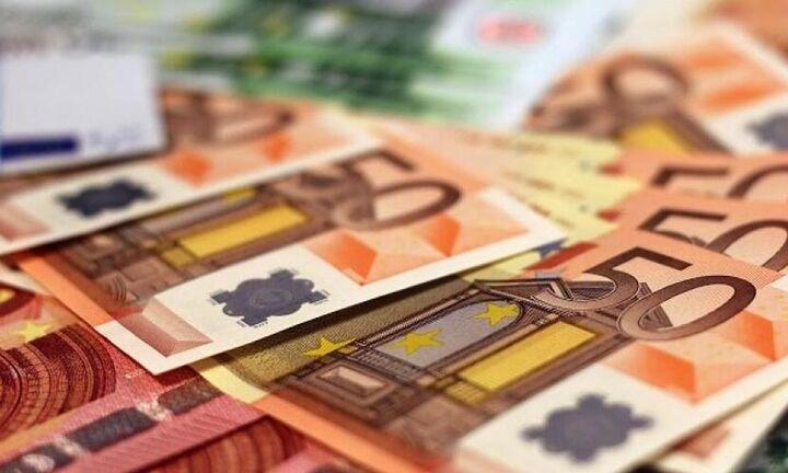 Βούλιαξαν 7,4% τα φορολογικά έσοδα τον Ιανουάριο