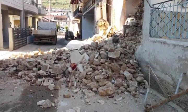 Νύχτα μετασεισμών στη Θεσσαλία - Ξεκινούν οι έλεγχοι σε κτίρια