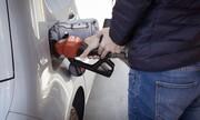 Πύραυλοι στη Σαουδική Αραβία βάζουν φωτιά στις τιμές της βενζίνης