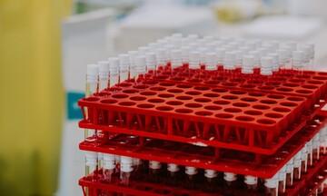 Ξεπερνούν το 1,3 εκατ. οι εμβολιασμοί στην Ελλάδα - Ανοίγει η πλατφόρμα για ομάδα υψηλού κινδύνου