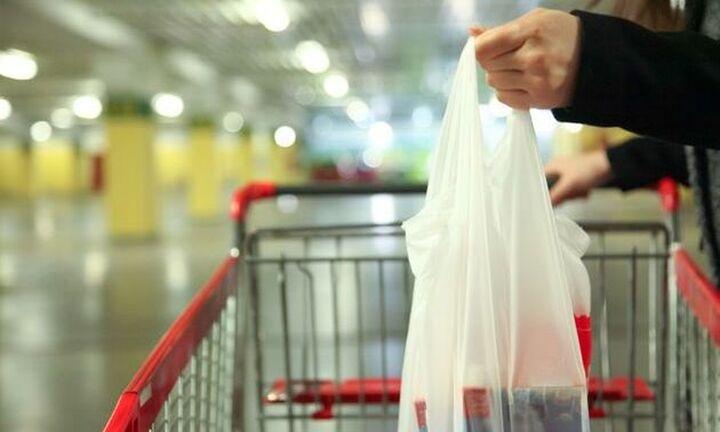 Μείωση 99,9% στη χρήση της πλαστικής σακούλας ελαφρού βάρους στα σούπερ μάρκετ το 2020