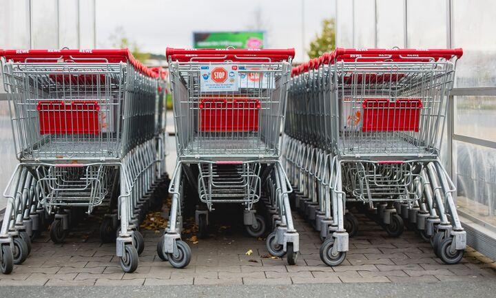 Σε ισχύ το νέο ωράριο στα σουπερμάρκετ - Πώς θα... κουρεύεστε από τη Δευτέρα
