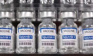 Ρωσία: Συμφωνίες με 10 χώρες και 20 φαρμακευτικές για την παραγωγή του Sputnik V