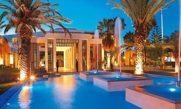 Μαζικές εξαγορές ξενοδοχείων από την Grecotel σε Κέρκυρα και Μύκονο
