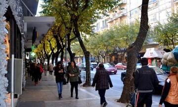 Θεσσαλονίκη: Να ανοίξουν άμεσα τα καταστήματα ζητά το Δημοτικό συμβούλιο