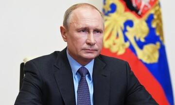 Πούτιν: Στο Κρεμλίνο έως το 2036 και με νόμο