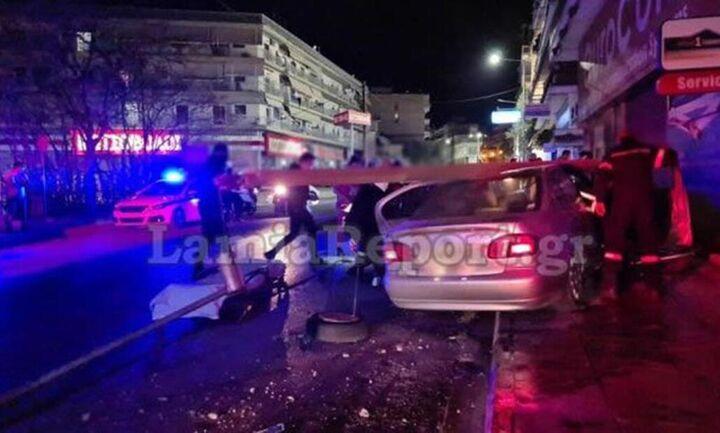 "Tραγωδία: Νεαρή μητέρα ""έσβησε"" στο τιμόνι - Στο αυτοκίνητο ήταν και τα παιδιά της (εικόνες)"