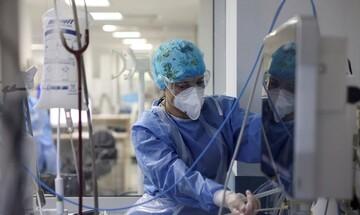 Διευθυντής ΜΕΘ Παπανικολάου: Τριτοκοσμικές εικόνες στα νοσοκομεία - Τρεις νεκροί κάθε ώρα