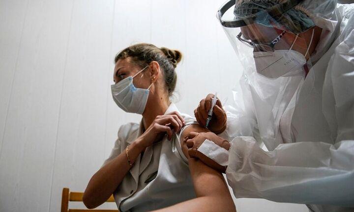 Αύριο στην Ελλάδα το Johnson & Johnson - Από Δευτέρα οι εμβολιασμοί - Ολες οι ημερομηνίες ανά ομάδα