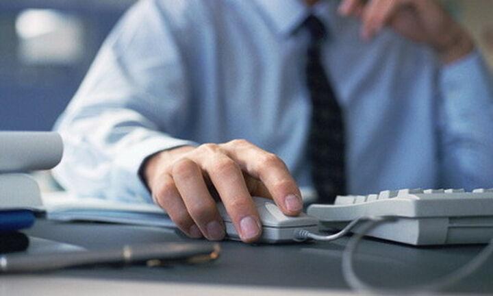 Κατάργηση 8ωρου εργασίας: Τι απαντά ο Κωστής Χατζηδάκης - Τι θα ισχύσει με την ψηφιακή κάρτα