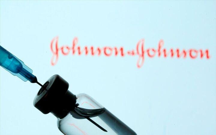 Κομισιόν καλεί J&J για την καθυστέρηση στην παράδοση των εμβολίων της