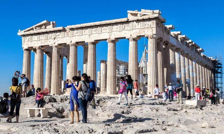 Reuters: Προς άρση της καραντίνας για τουρίστες στην Ελλάδα από ΕΕ και άλλες 5 χώρες