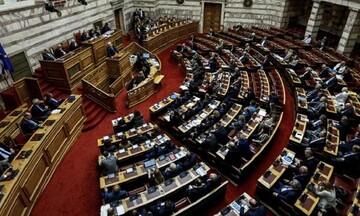 Στη Βουλή η τροπολογία για την επιτάχυνση της διαδικασίας απονομής των συντάξεων