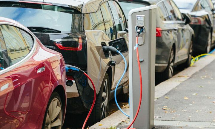 Ηλεκτροκίνηση: H Ευρώπη θα χρειαστεί 3 εκατ. σημεία φόρτισης μέχρι το 2030