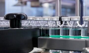 Η γαλλική Sanofi θα παράγει έως 200 εκατ. δόσεις του εμβολίου της Moderna