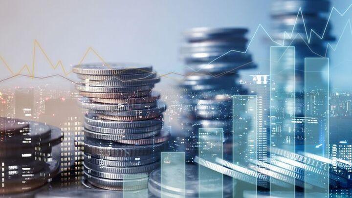 Γιατί 90 μεγιστάνες επιλέγουν να επενδύσουν στην Ελλάδα