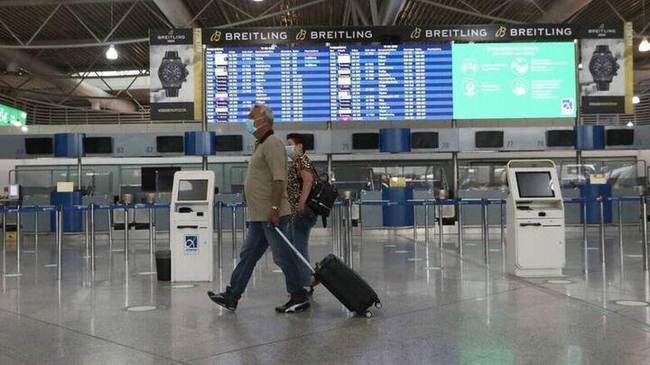 Παρατείνονται οι περιορισμοί στις πτήσεις εξωτερικού - Ποιοι έρχονται χωρίς καραντίνα