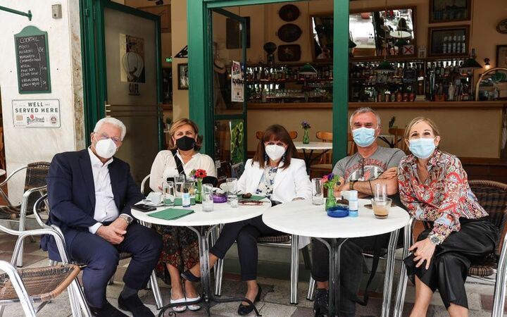 Σακελαροπούλλου: Ξαναζούμε τις μικρές χαρές της καθημερινότητας που μας στέρησε η πανδημία