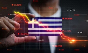Νέο 5ετές: Γιατί η Ελλάδα χτυπάει ξανά την πόρτα των αγορών
