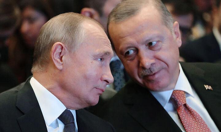 Την παραγωγή του Sputnik-V στην Τουρκία συζήτησαν Πούτιν και Ερντογάν