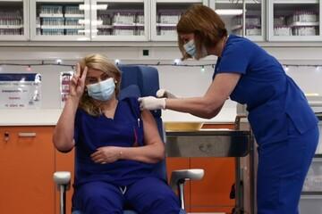 ΠΟΕΔΗΝ: «Κατασυκοφάντηση του υγειονομικού προσωπικού - Πάνω από 80% έχει εμβολιαστεί»