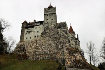 Απίθανη καμπάνια: Δωρεάν εμβόλιο για τους επισκέπτες στο κάστρο του κόμη Δράκουλα