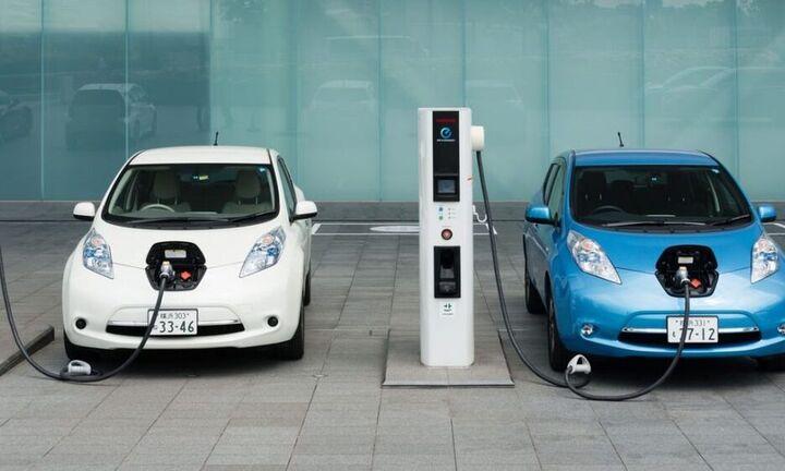 Φθηνότερα τα ηλεκτρικά αυτοκίνητα έως το 2027