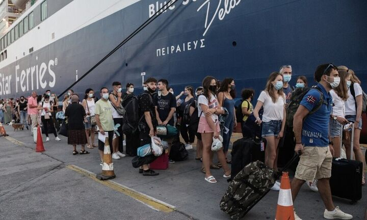 Lockdown: Τι αλλάζει από σήμερα σε μετακινήσεις, λιανεμπόριο - Πώς θα ταξιδεύουμε