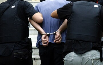 Νέα Σμύρνη - κορωνοπάρτι: Πέντε συλλήψεις για την επίθεση με μαχαίρι σε 60χρονο