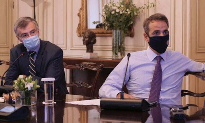 Μητσοτάκης: Ελευθερία δεν σημαίνει ανευθυνότητα -Καμπανάκι Τσιόδρα για τα μεταλλαγμένα στελέχη
