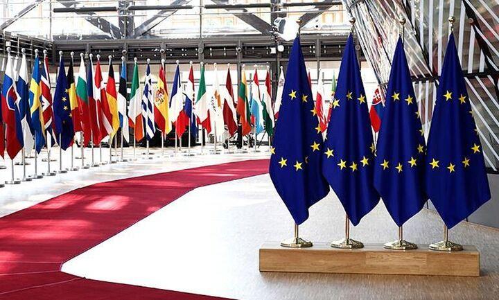 EE: Χωρίς λευκό καπνό το Ευρωπαϊκό Πράσινο Ψηφιακό Πιστοποιητικό - Τέταρτος γύρος την Πέμπτη