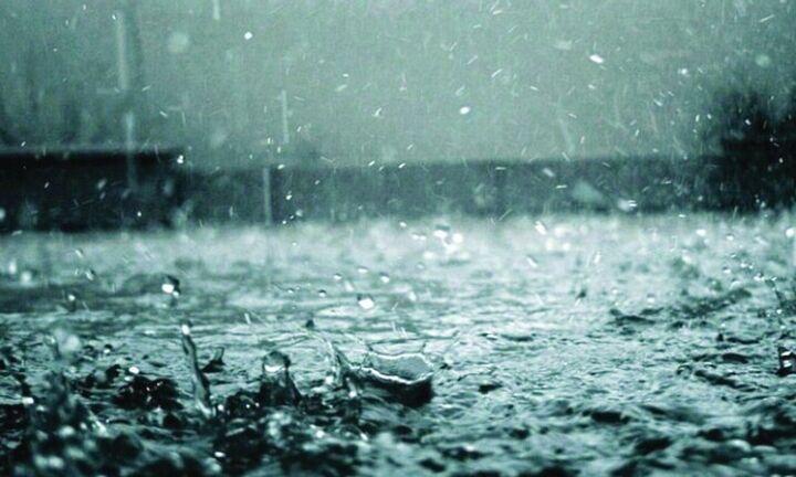 Μεταβολή του καιρού: Οι περιοχές με ισχυρές βροχοπτώσεις, καταιγίδες και τοπικές χαλαζοπτώσεις