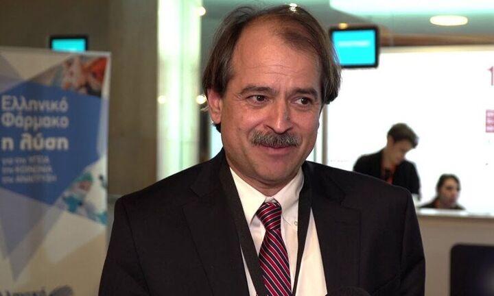 Ιωαννίδης: Υπάρχει πρόβλημα με το εμβόλιο της AstraZeneca