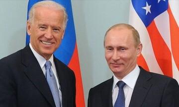 Μόσχα: Δεν αναμένεται επανεκκίνηση στις αμερικανορωσικές σχέσεις κατά τη συνάντηση Πούτιν - Μπάιντεν