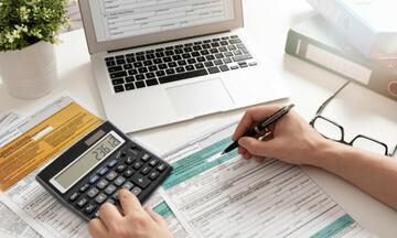 Τα πέντε «δώρα» των φετινών φορολογικών δηλώσεων – Δείτε ποιο δικαιούστε και υπολογίστε το όφελος
