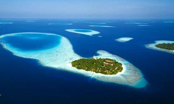 Μαλδίβες: Δημοπρατούνται 16 ακατοίκητα νησιά - Από 173.000 ευρώ ξεκινούν οι τιμές