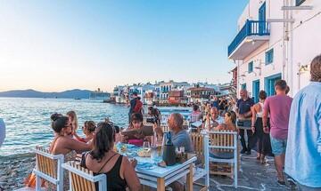 Κομισιόν: Άναψε «πράσινο φως» στο ελληνικό πρόγραμμα 800 εκατ. ευρώ για τη στήριξη του τουρισμού