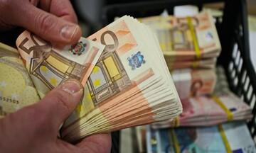 Κρατική ενίσχυση 210 € / μήνα για πέντε χρόνια σε όσους έχουν χρέη – Δείτε αν την δικαιούστε