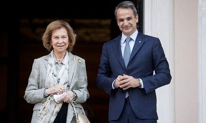 Βασίλισσα Ισπανίας Σοφία σε Μητσοτάκη: «Πρέπει να σας πω... σας θαυμάζει ο κόσμος όλος»