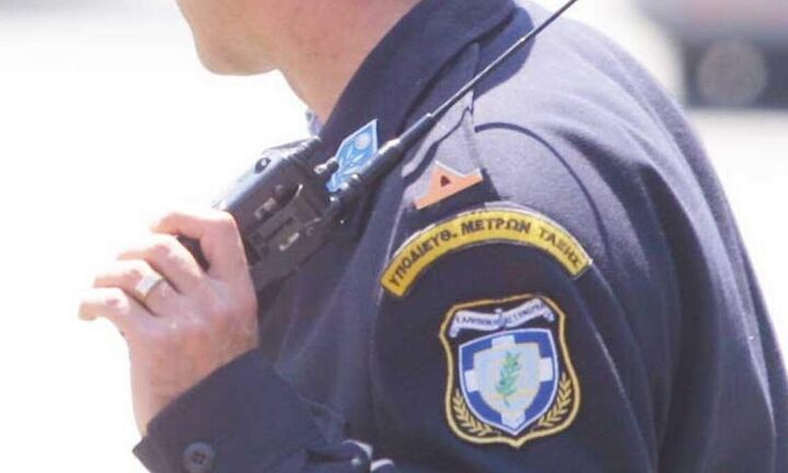 Επίορκος αστυνομικός νοίκιαζε τον υπηρεσιακό ασύρματό σε κακοποιούς