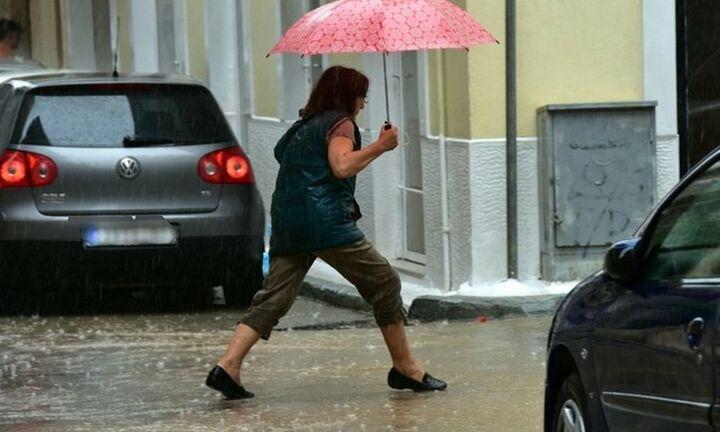 Ιδιαίτερα άστατος ο καιρός σήμερα, με τοπικές ισχυρές καταιγίδες και χαλαζοπτώσεις